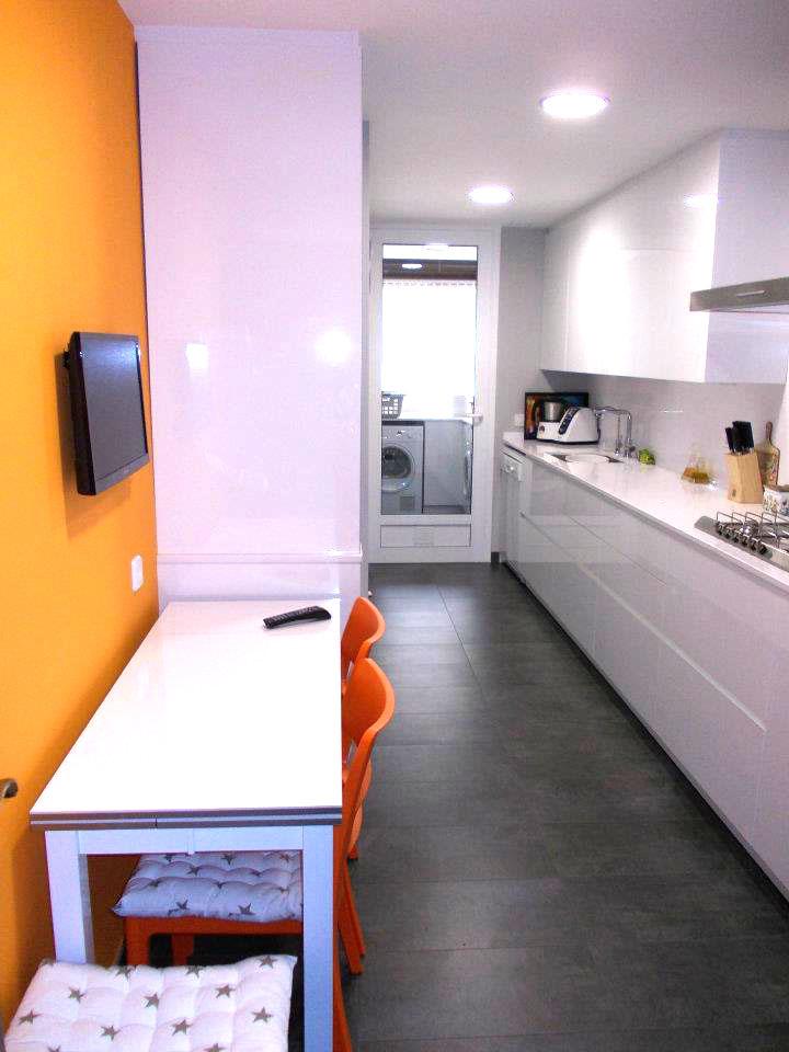 Reforma cocina con muebles dica serie 45 novelty for Muebles vilanova i la geltru