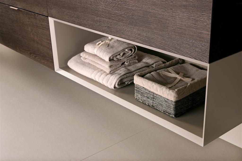 Muebles de cocina roble oscuro ideas for Muebles de bano oscuros