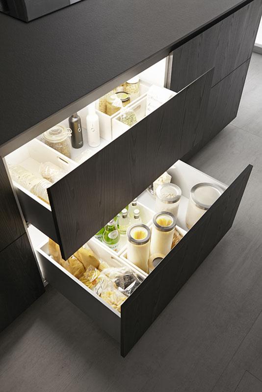 Por qué colocar cajones en los muebles de cocina - Novelty Cocinas
