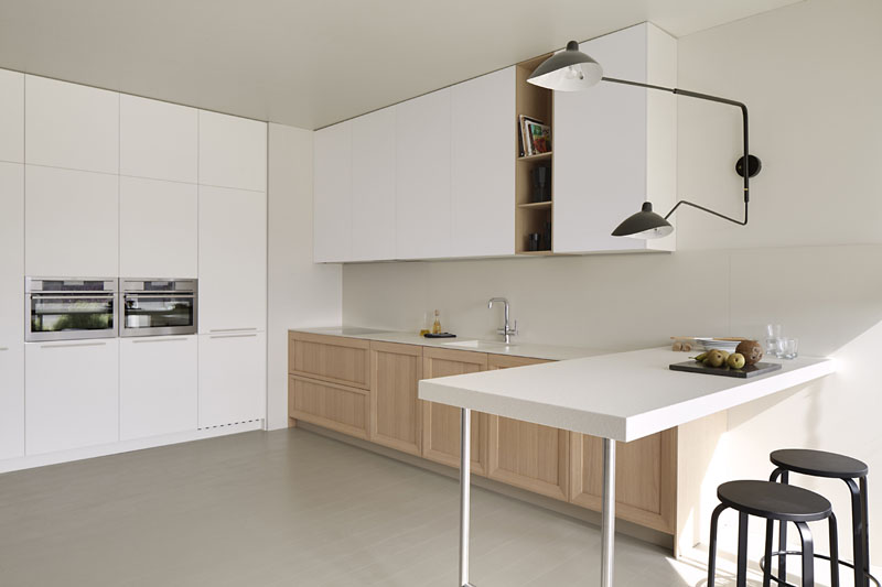 Muebles de cocina color roble blanco ideas for Muebles color roble