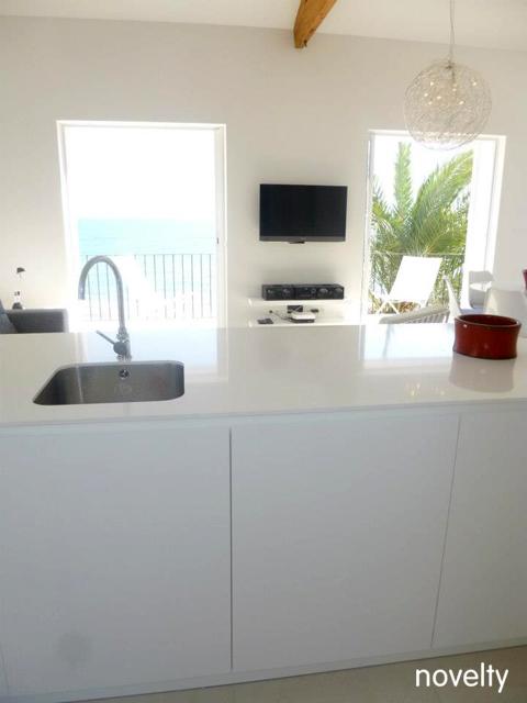 Muebles de cocina dica blanco polar en sitges novelty for Muebles de cocina dica