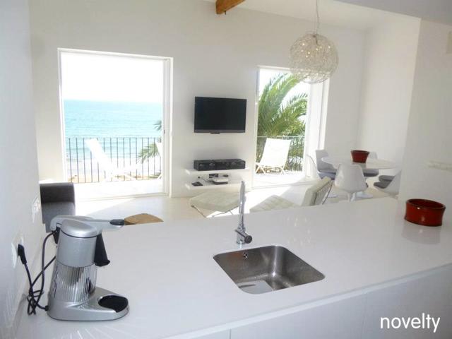 Muebles Cocina Sitges color Blanco Polar Reforma Integral